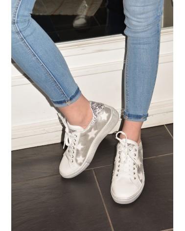 latest fashion hot sales huge discount Basket blanche et argent en cuir avec étoiles REQINS