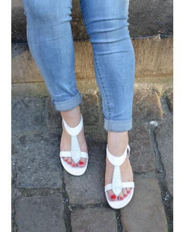 Sandale blanche REQINS en cuir avec entre doigts