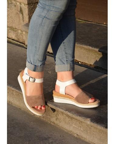 Sandale compensée REQINS couleur blanc et nude