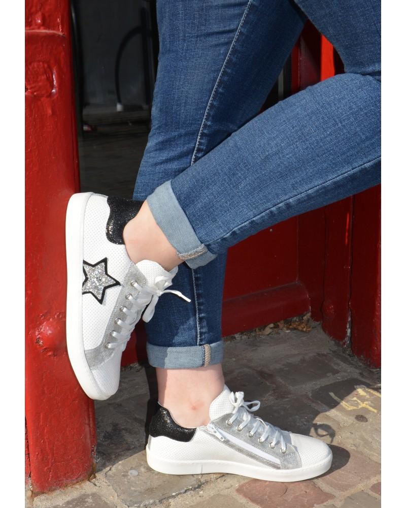 release date: finest selection best sale Chaussures femme basket en cuir blanc reqins avec étoile argenté fermeture  par zip