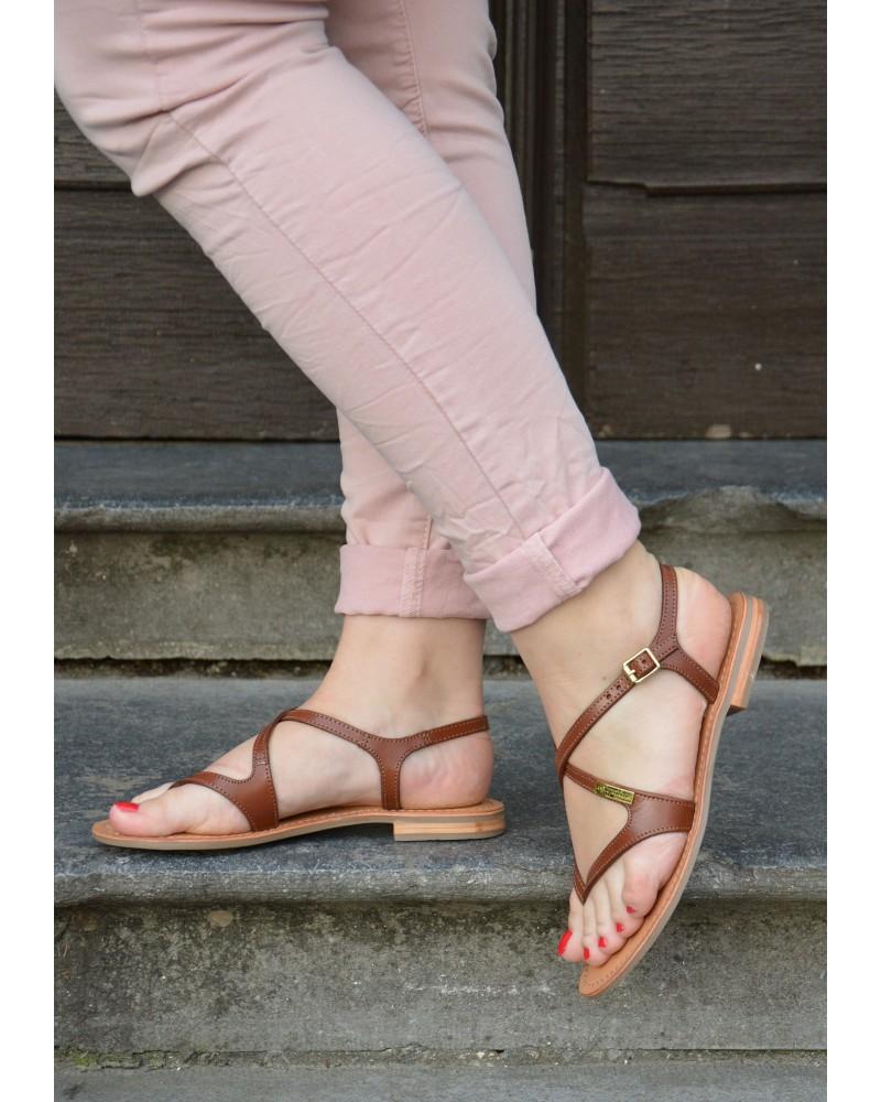Sandale à entre doigts en cuir marron à brides croisées et unies TROPEZIENNES