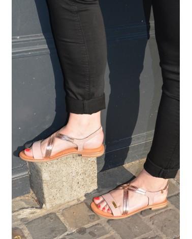 Nu-pieds en cuir rose et or rose à effet miroir TROPEZIENNES