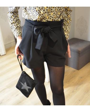 Short noir
